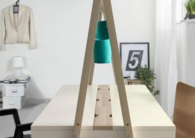 Mesa con estantería trabajo en casa Casual Solutions